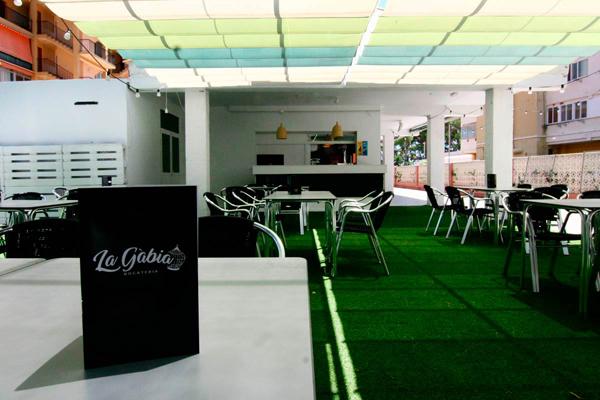 qodef-ls-gallery-img